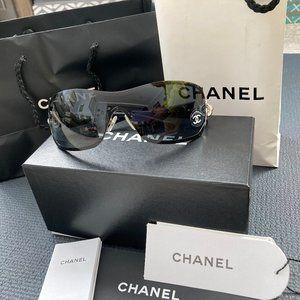 CHANEL Swarovski Crystal Camellia Sunglass…